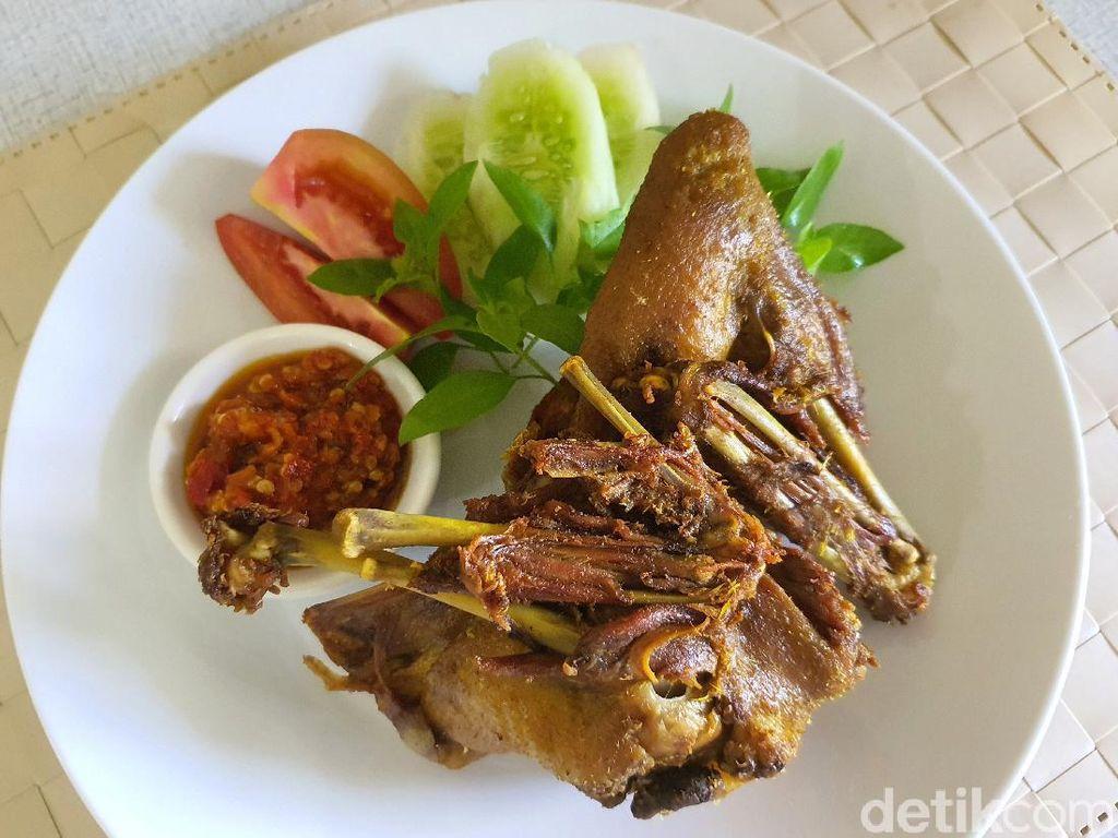 Resep Bebek Goreng Surabaya yang Gurih Garing Mantap