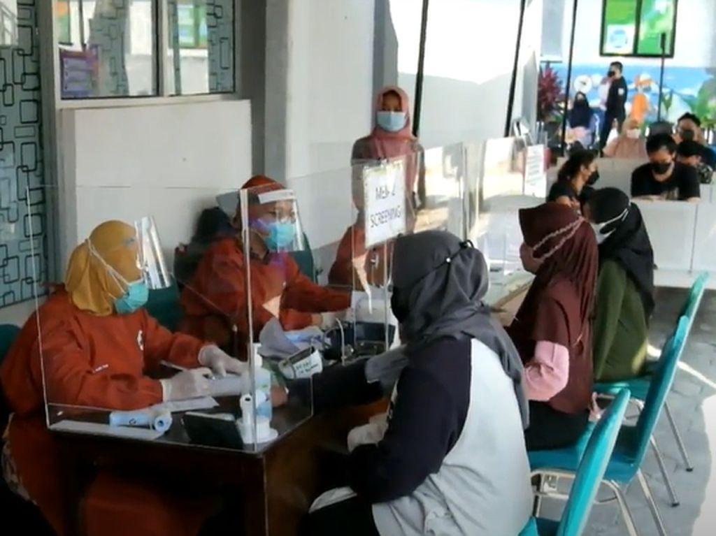 Cerita Ibu Hamil di Solo Jalani Vaksinasi Covid-19