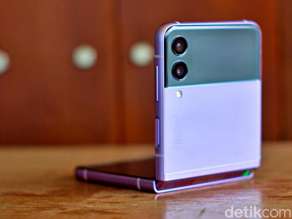 6 Pembaruan yang Dibawa Samsung Galaxy Z Flip3 5G