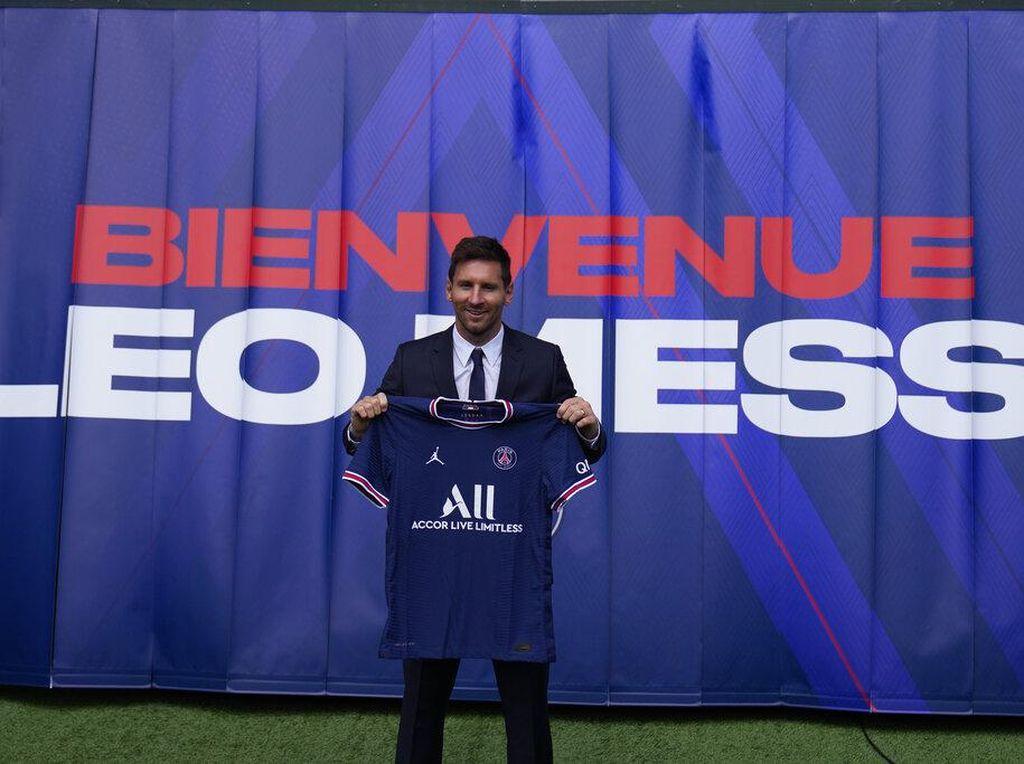 Lionel Messi Resmi Pindah ke PSG, Jerseynya Sold Out Dalam 30 Menit