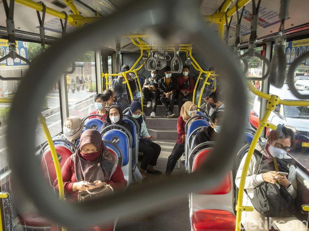 Peraturan Naik Busway Selama PPKM Level 4 Terbaru