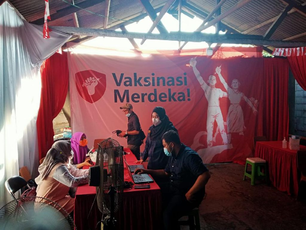 Vaksinasi Merdeka Polres Pelabuhan Tj Priok Layani 1.000 Warga per Hari