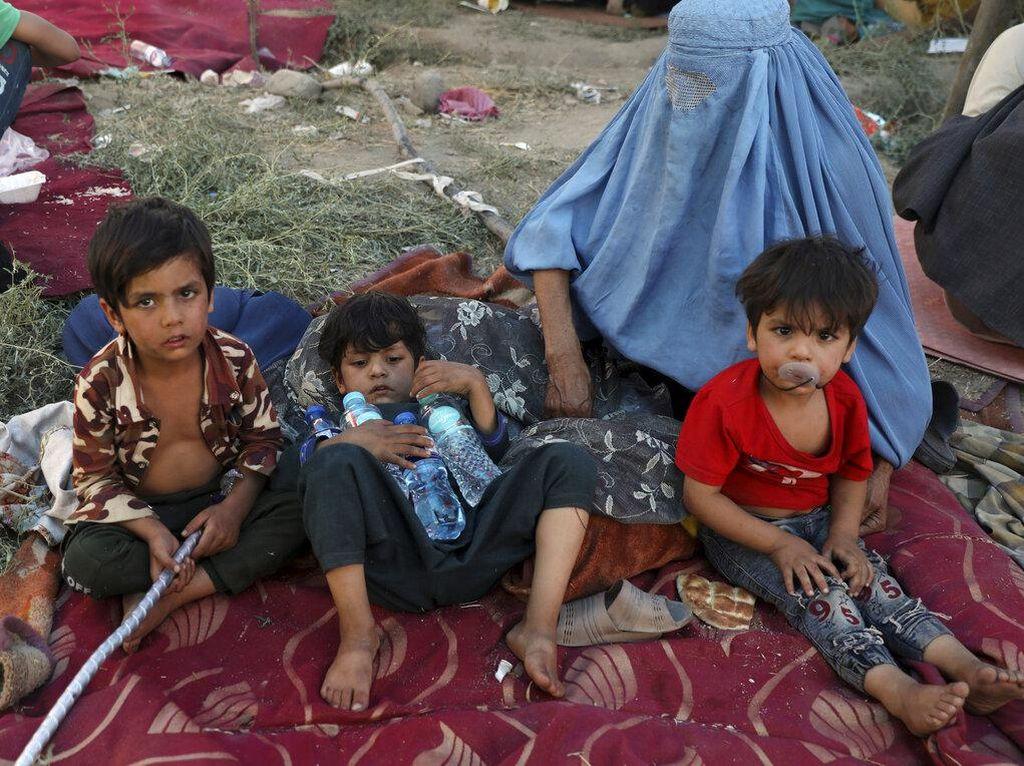 Afghanistan Diduduki Taliban, WHO Khawatirkan Kondisi Wanita dan Anak