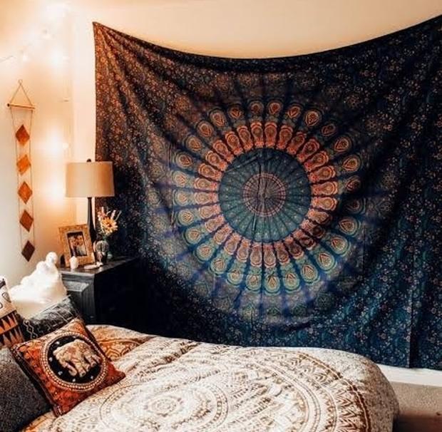 Kain cantik atau Pashmina untuk dekorasi kamar aesthetic/Foto: pinterest.com