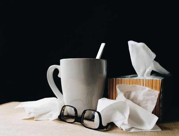 Gejala flu dapat diobati dengan paracetamol, ibuprofen bahkan teh rooibos sebagai pilihat obat herbal.