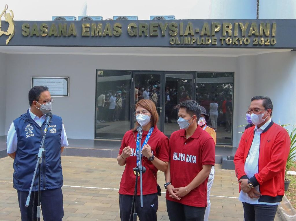 Greysia Terharu Namanya dan Apriyani Diabadikan di Gedung Olahraga Ragunan