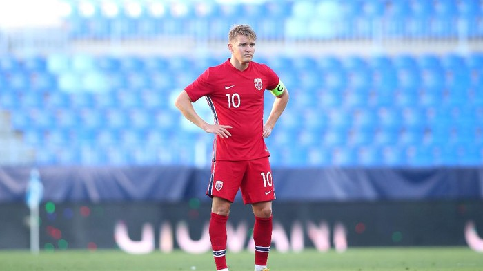 MALAGA, SPAIN - JUNE 06: Martin Odegaard of Norway looks on during the International Friendly match between Norway and Greece at Estadio La Rosaleda on June 06, 2021 in Malaga, Spain. (Photo by Fran Santiago/Getty Images)