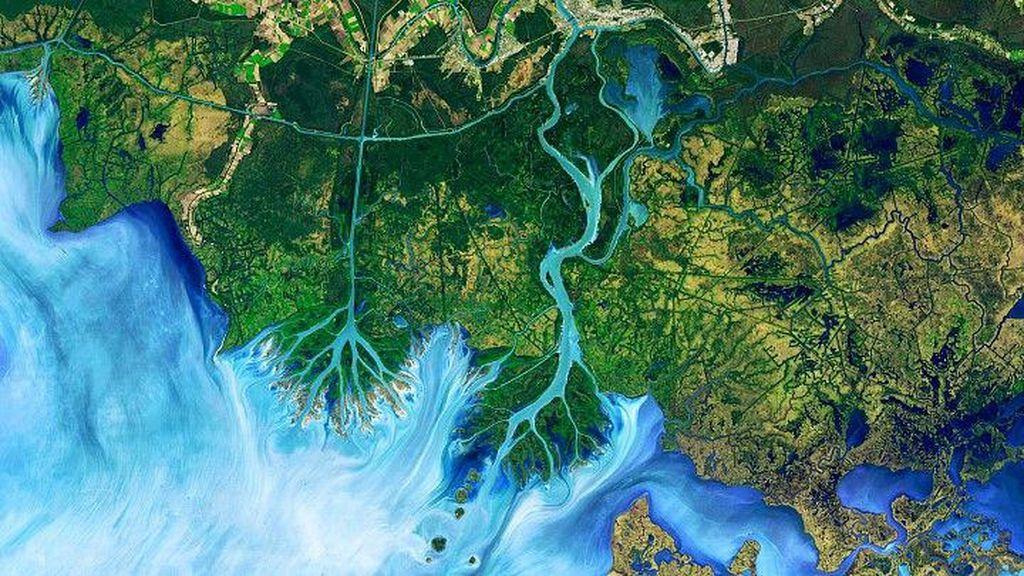 Foto Bumi Seperti Lukisan yang Dipotret dari Satelit