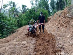Lurah di Pacitan Ini Berhasil Jadikan Elpiji Sebagai Bahan Bakar Traktor Mini