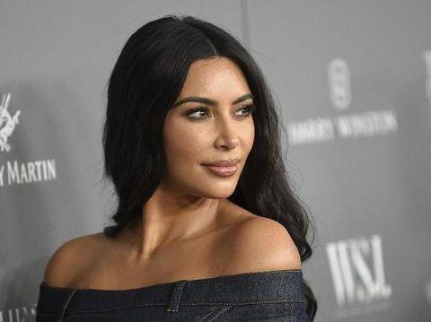 Kim Kardashian dengan zodiak libra
