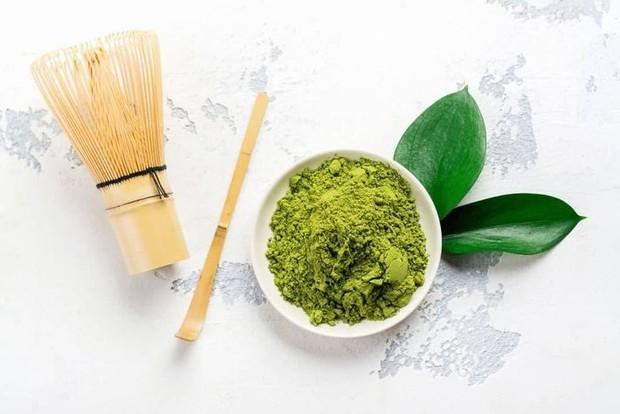 Tak hanya baik untuk tubuh, teh hijau juga ampuh untuk mengobati permasalahan jerawat.