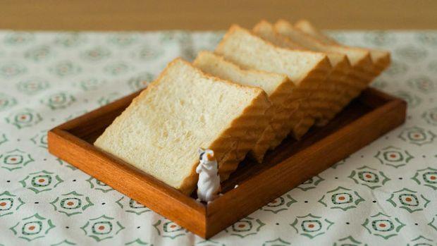 Roti putih/