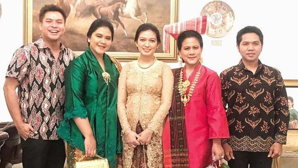 7 Gaya Kebaya Keluarga Jokowi, Bisa Jadi Inspirasi untuk HUT Ke-76 RI
