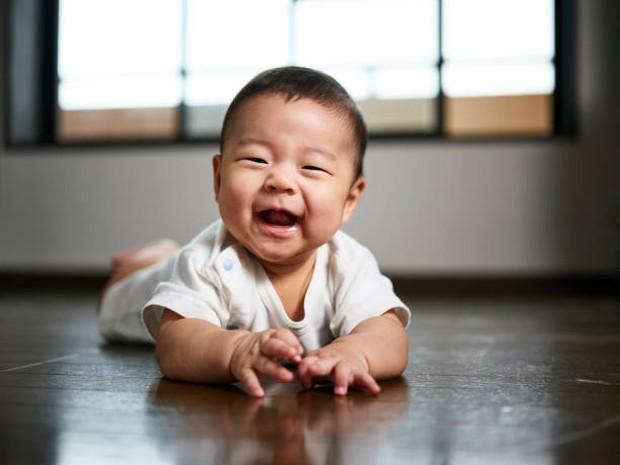 Nama bayi laki-laki terinspirasi dari tokoh dan pahlawan Indonesia. Foto: Getty Images/RichLegg