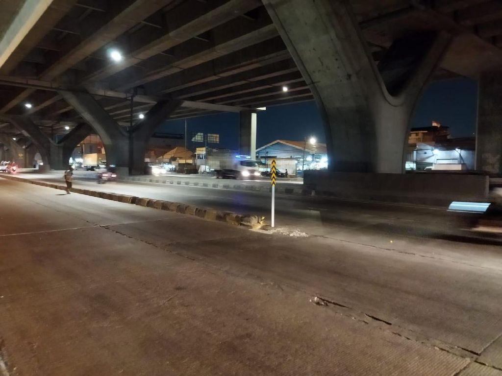 Sempat Hilang, Rambu di Pembatas Jl Cilincing Kembali Terpasang