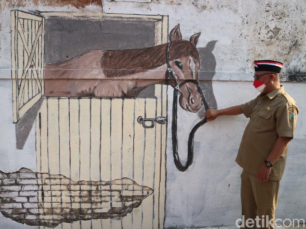 Sambut HUT RI, Warga Desa Ini Gambar Kuda Sunan Kudus 3 Dimensi