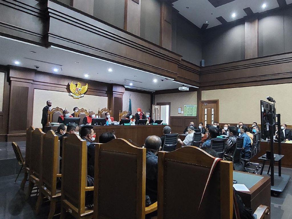 Hakim Tolak Eksepsi Terdakwa Asabri, Sidang Lanjut ke Pembuktian