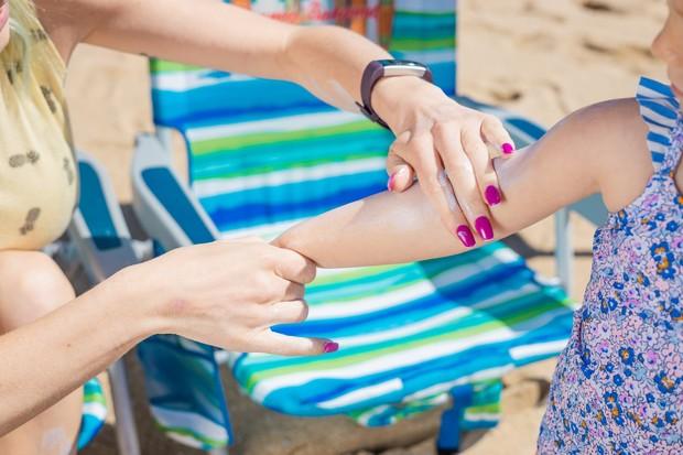 Sunscreen dapat mencegah kerusakan kolagen yang bisa membuat kulit halus awet muda