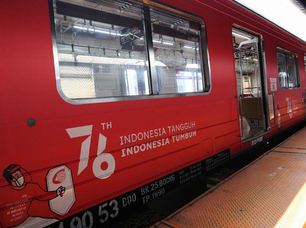 Cara Commuter Line Peringati HUT RI ke-76