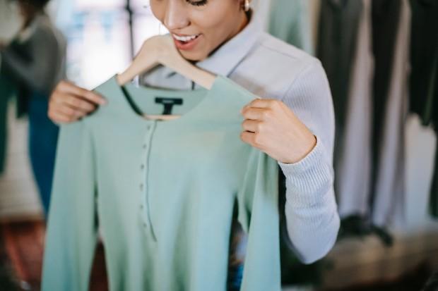 Identifikasi Toko atau Penjual Pakaian Bekas
