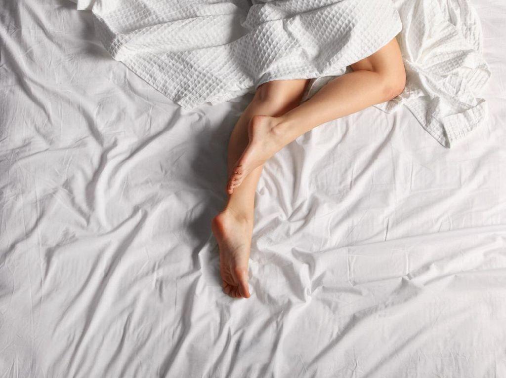Plus Minus Tidur Telanjang, Perlu Tahu Sebelum Ikut-ikutan!