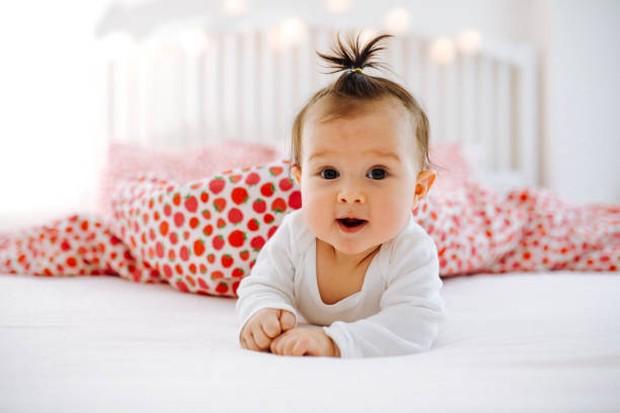Nama bayi perempuan bermakna pejuang. Foto: Getty Images/ozgurcankaya