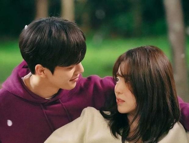 Park Jae Eon dan Yoo Na Bi Di Drama Neverthless/Instagram.com/neverthelessfanpage
