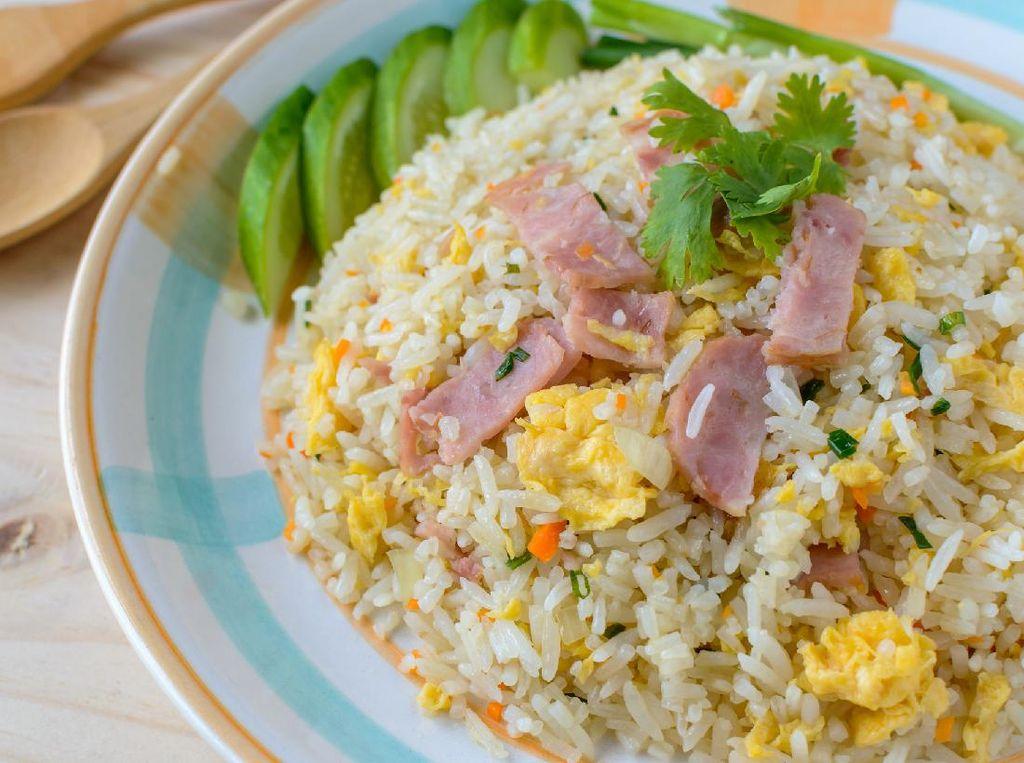 Resep Nasi Goreng Daging Asap yang Harum Gurih Buat Sarapan