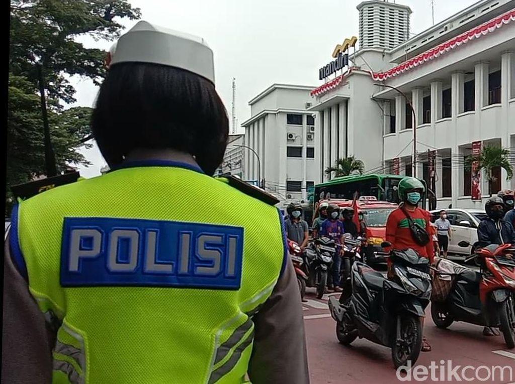 Detik-detik Proklamasi, Warga di Medan Berhenti untuk Beri Penghormatan