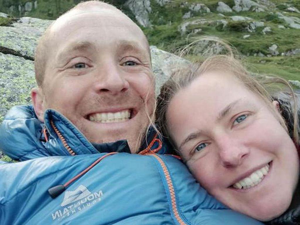 Sedih, Sisa Jasad Pendaki yang Hilang Ditemukan Pacarnya Sendiri
