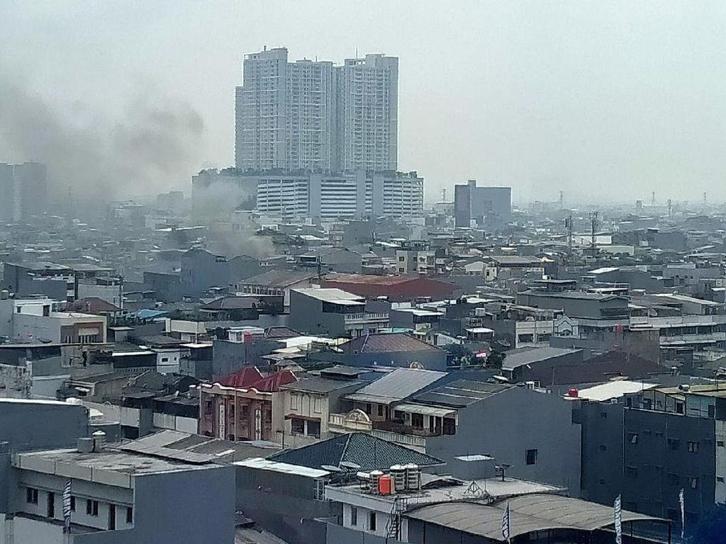 Kebakaran Rumah di Tambora Jakbar, 16 Mobil Damkar Dikerahkan