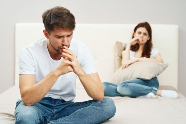 Kiat mengatasi bahasa cinta yang berbeda dengan pasangan