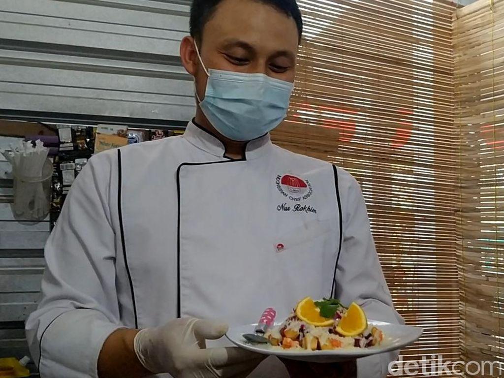 Berhenti Bekerja di Hotel, Chef Ini Sukses Buka Resto di Rumah