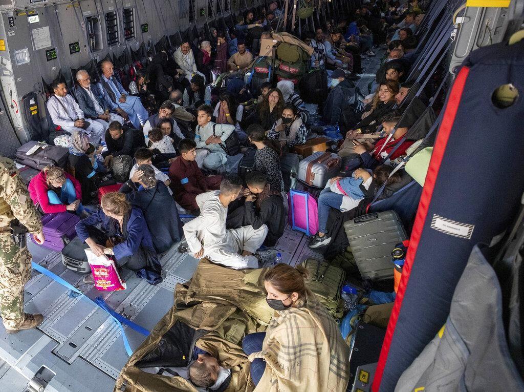 AS Sebut Hampir 500 warga Afghanistan Dievakuasi dari Uzbekistan