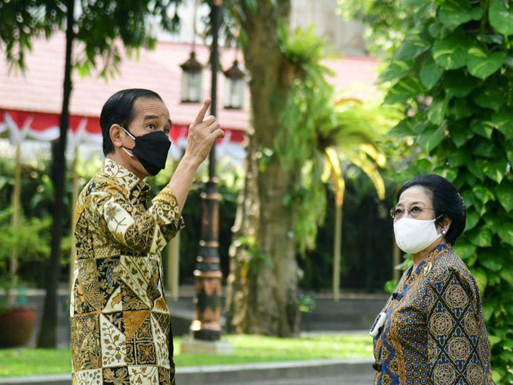 Saling Puji, Jokowi-Megawati Dinilai Tepis Gosip Konflik Hati