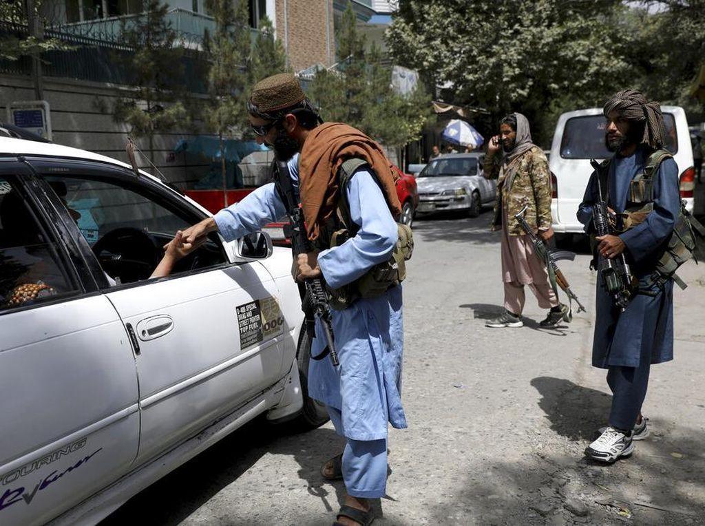 Taliban Berkuasa, IMF Setop Bantuan untuk Afghanistan