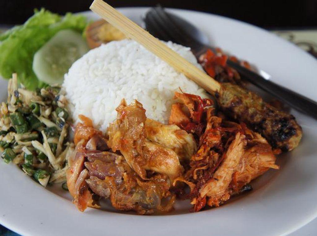 5 Nasi Campur Bali Otentik Ini Bisa Dinikmati di Jakarta