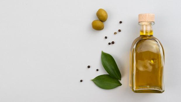 olive oil / foto : freepik