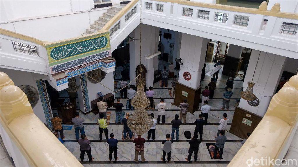 PPKM Level 4 Diperpanjang, Tempat Ibadah di Jakarta Beroperasi 50%