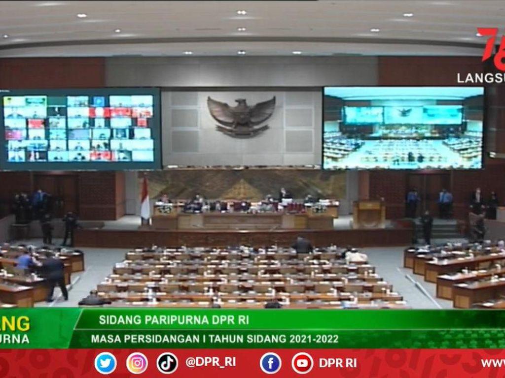 DPR Lantik Legislator PAN Pengganti Hanafi Rais