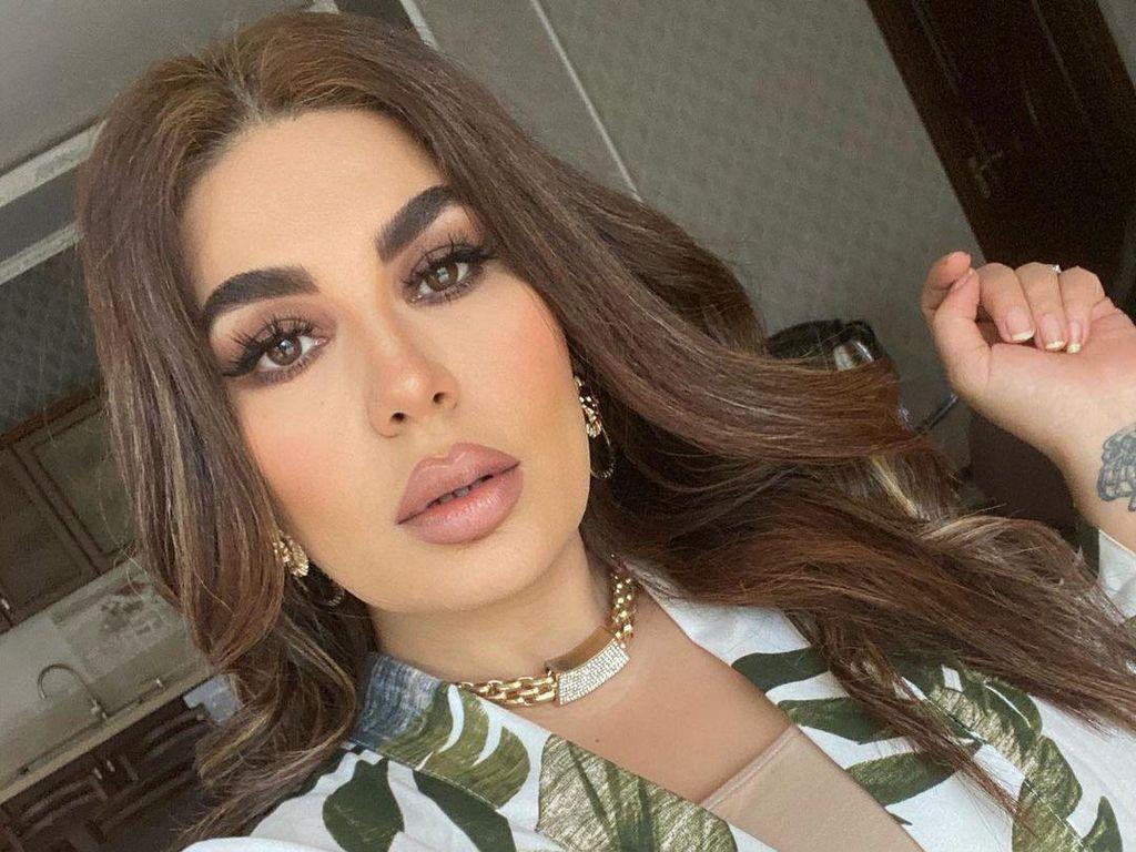 Naik Jet Kargo, Diva Pop Afghanistan Berhasil Keluar dari Negaranya
