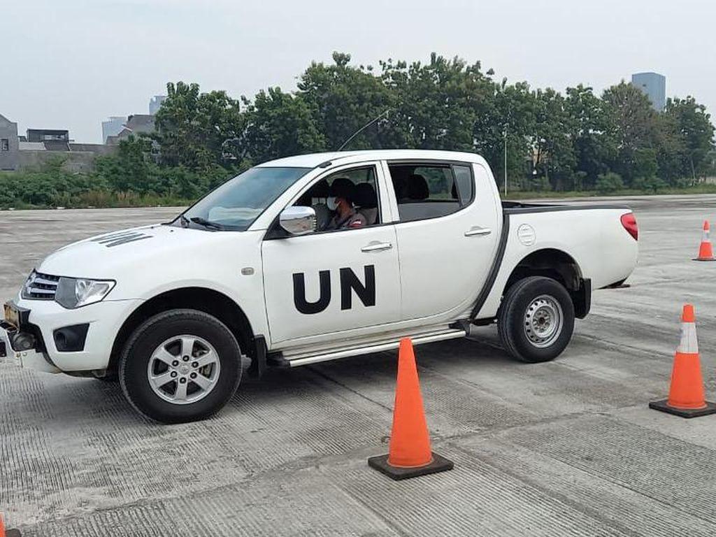 Utusan PBB Uji Kemampuan Berkendara Tim Garuda Polri untuk Wilayah Konflik