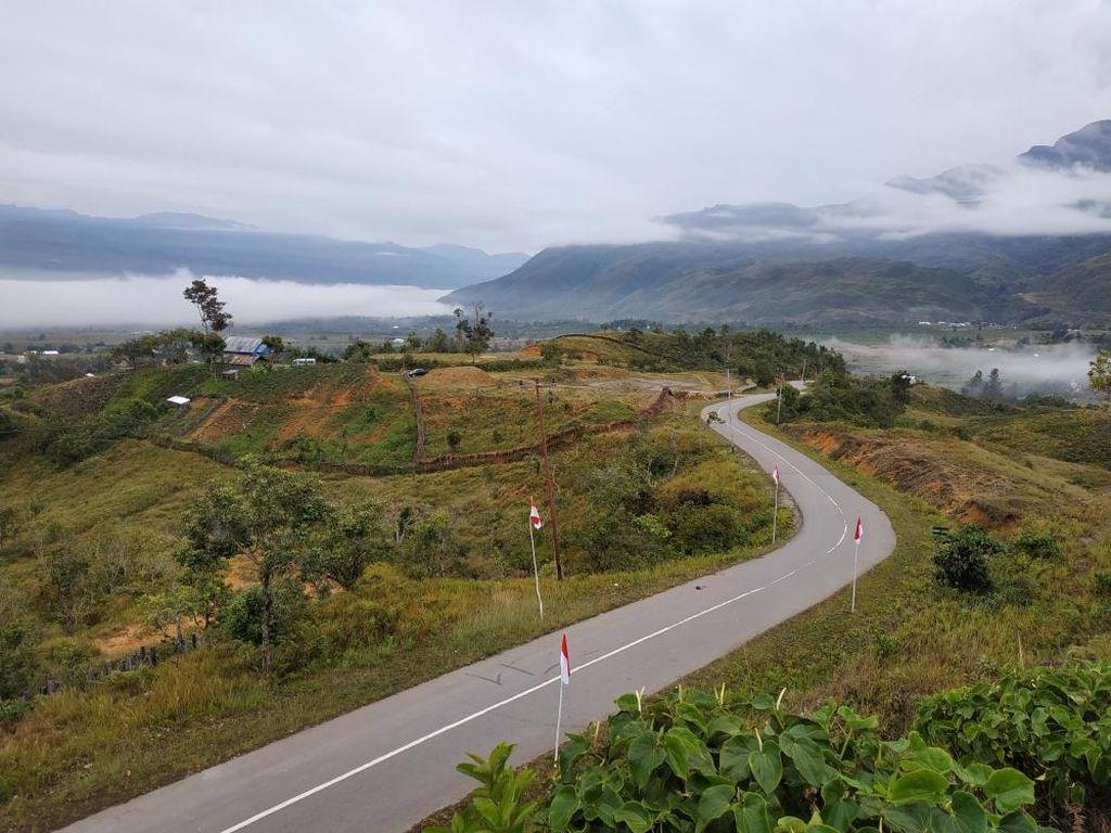 Sisa 16 Km Belum Tembus, Trans Papua Ruas Jayapura-Wamena Dikebut