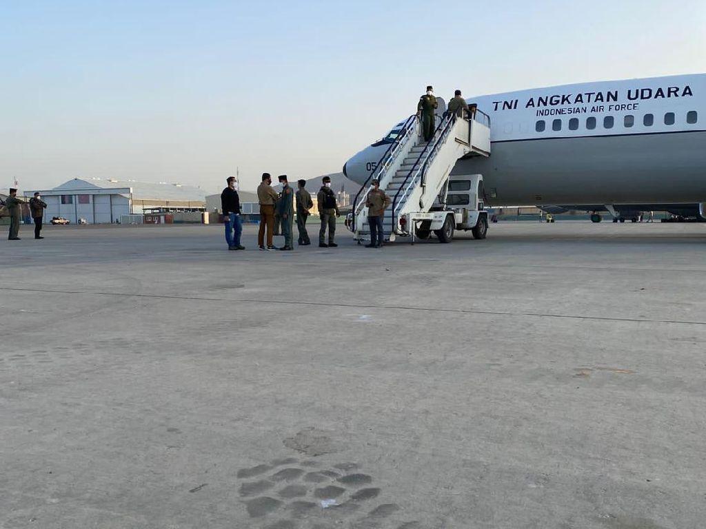 RI Berhasil Evakuasi WNI di Afghanistan, Radar Ungkap Banyak yang Gagal