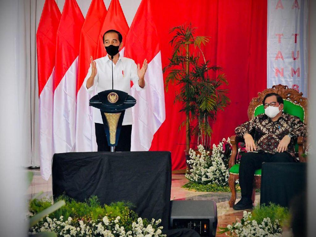Jokowi Soroti Angka Kematian COVID-19 di Jatim Tinggi: Hati-hati!