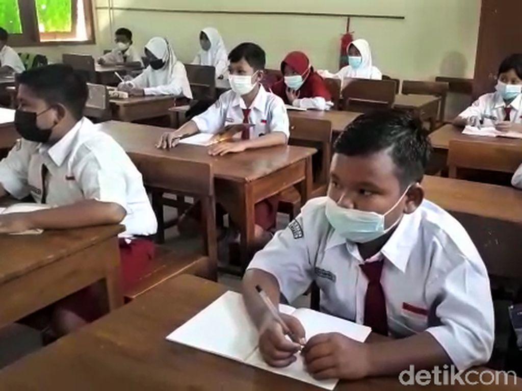 Jakarta, Depok, Bekasi Sudah PPKM Level 3, Ini Aturan Sekolah Tatap Muka