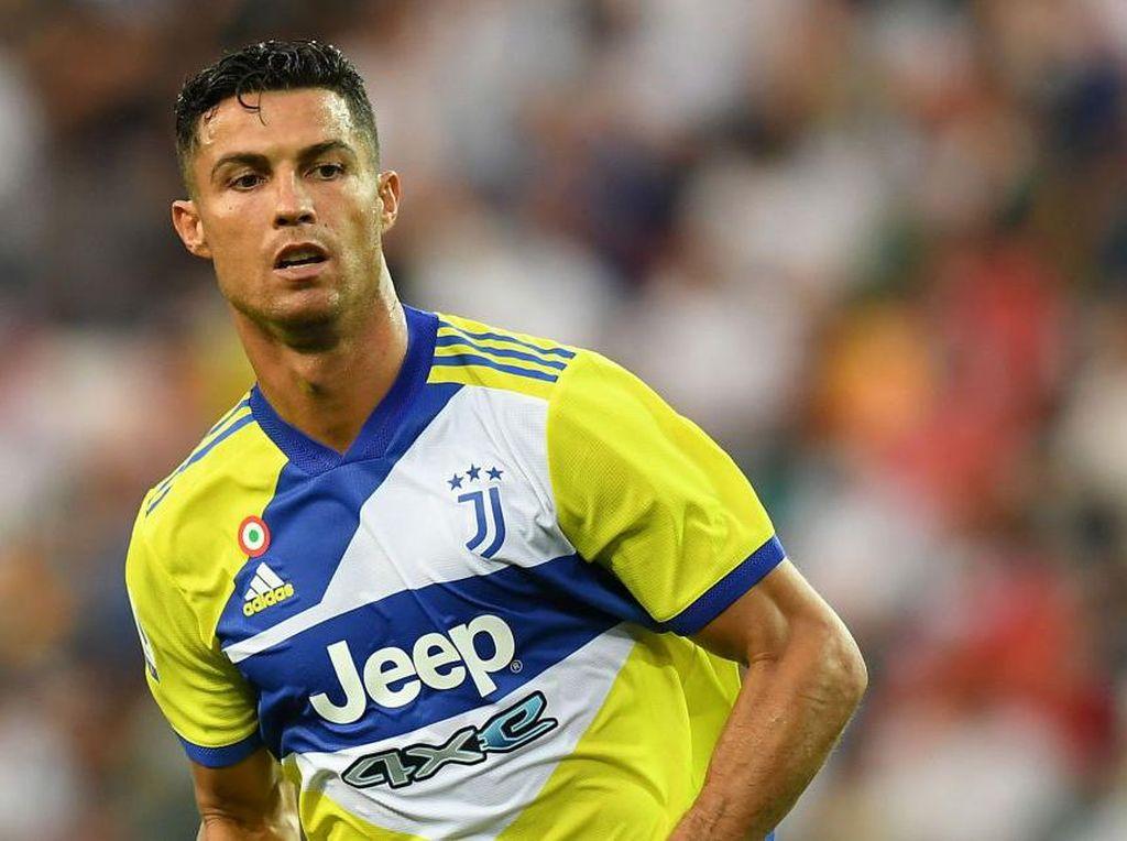 Nedved Jawab Misteri Cristiano Ronaldo yang Dicadangkan