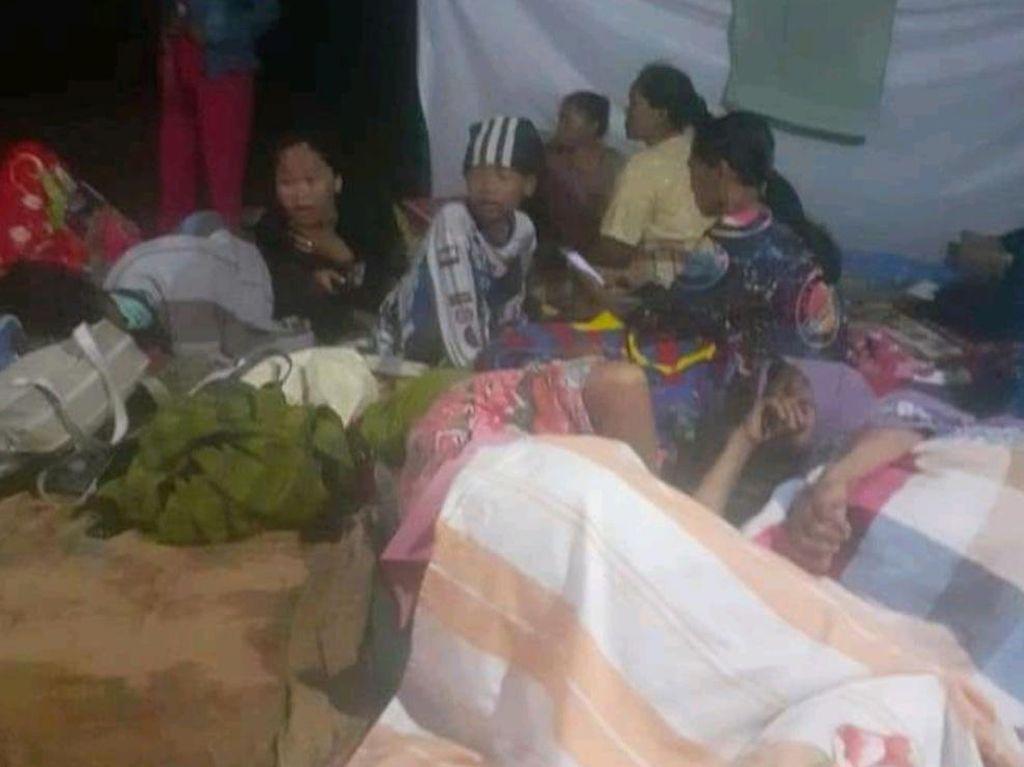 Konflik Lahan di Kampar, Ibu-ibu Nekat Nginap di Kebun: Pak Jokowi Tolong!