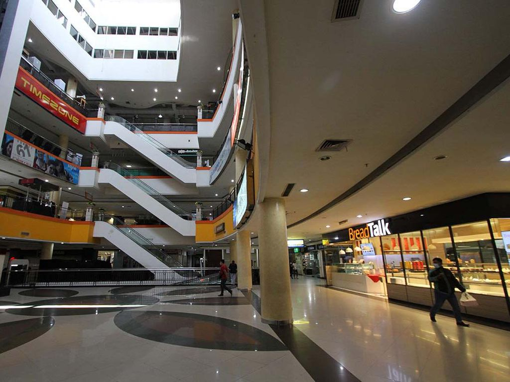 Pelonggaran PPKM dan Harapan Bangkitnya Mall