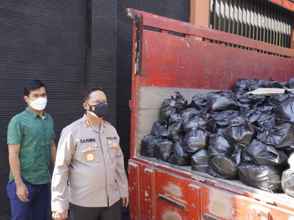 500 Paket Sembako Akan Didistribusikan ke Warga Bojonegoro